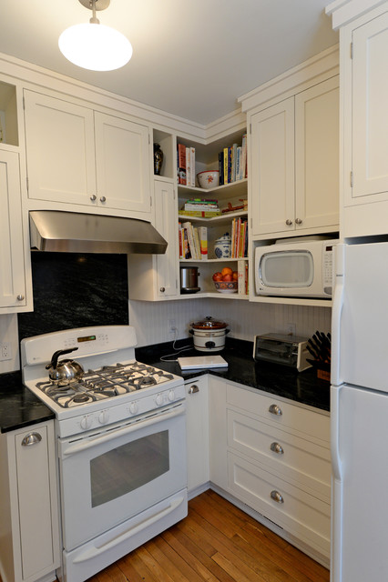 Http Www Houzz Com Photos 9431448 Kitchen Hall Mud Room Renovation In Small 1930s Colonial Traditional Kitchen Cleveland