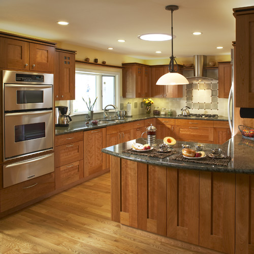 Oak Cabinet Kitchen Ideas Top Medium Oak Kitchen Cabinets: The Granite Gurus: FAQ Friday: What Granite Goes With Oak
