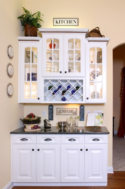 Kitchen Hutch/Bar Area - Traditional - Kitchen - jacksonville - by Design Concepts by Jean