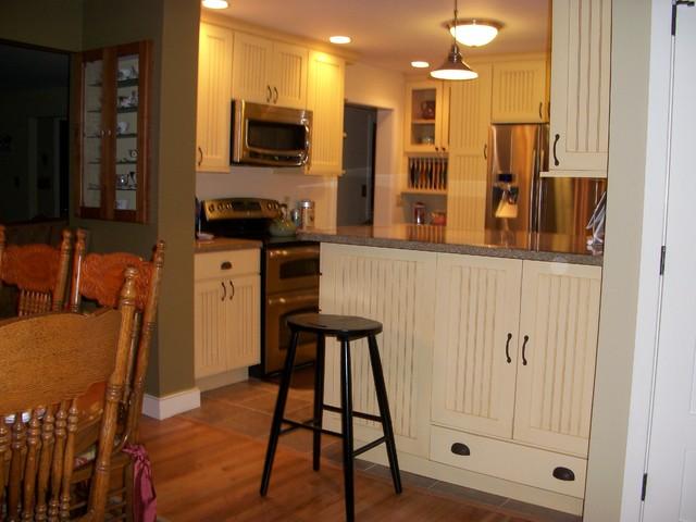 Kitchen in Branford, CT traditional-kitchen