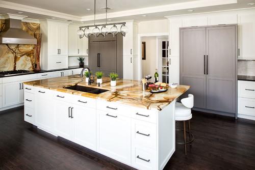 ไอเดียห้องครัว 02 Stonewood Granite Kitchen
