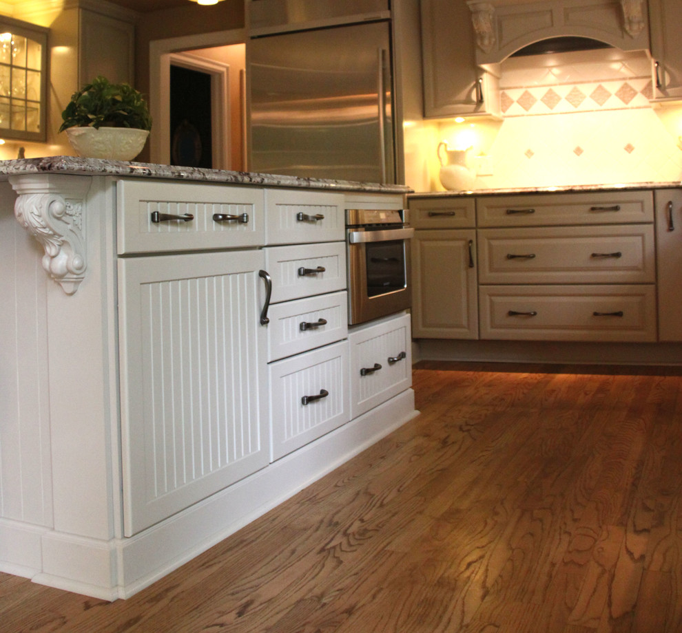 Kitchen Island With Built In Microwave Ideas Traditional Kitchen Cleveland By Jm Design Build Houzz