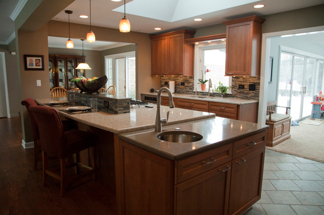 Kitchen island with prep sink transitional kitchen - Kitchen island with cooktop and prep sink ...