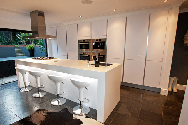 Kitchen islands contemporary kitchen london by lwk for Modern kitchen london