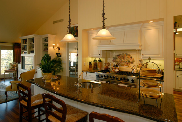 Truitt traditional kitchen