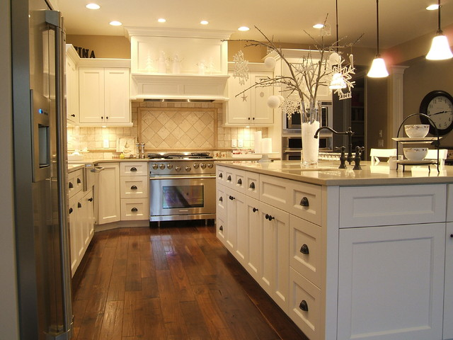 Unruh traditional-kitchen