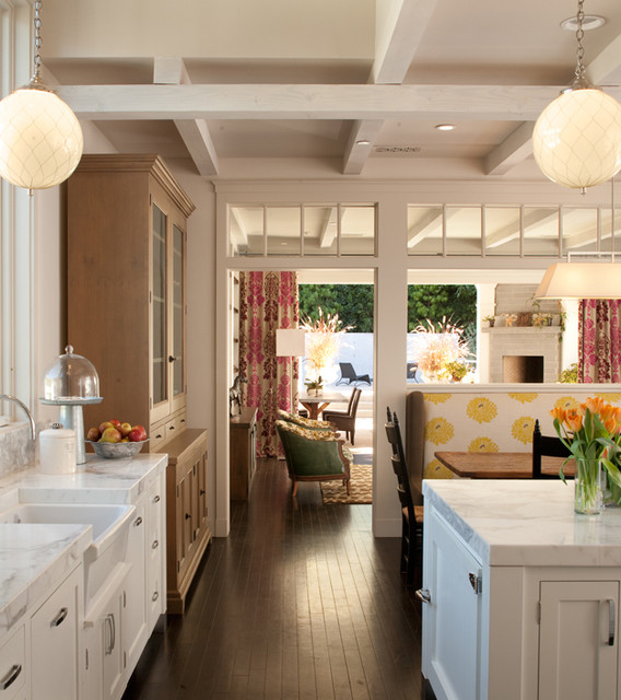 Eclectic White Kitchen: Kitchen