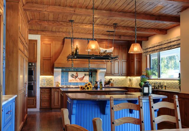 Kitchen lighting traditional kitchen los angeles for Traditional kitchen lighting ideas