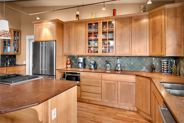 kitchen - Contemporary - Kitchen - seattle - by Logan's Hammer Building & Renovation