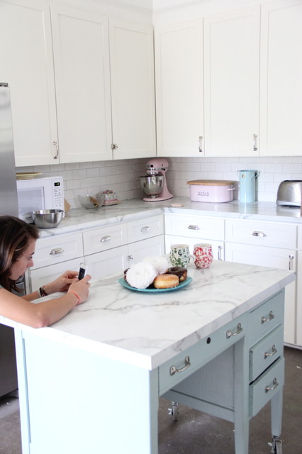KITCHEN MAKEOVER - Traditional - Kitchen - richmond - by Lesli DeVito and My Old Country House
