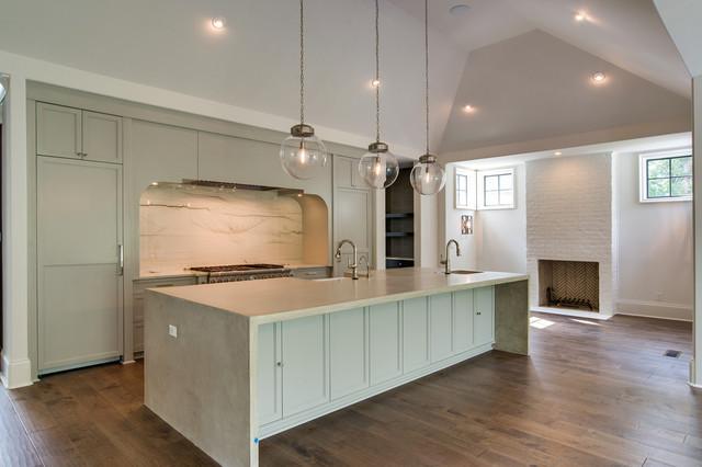 Kitchen photo in Charlotte