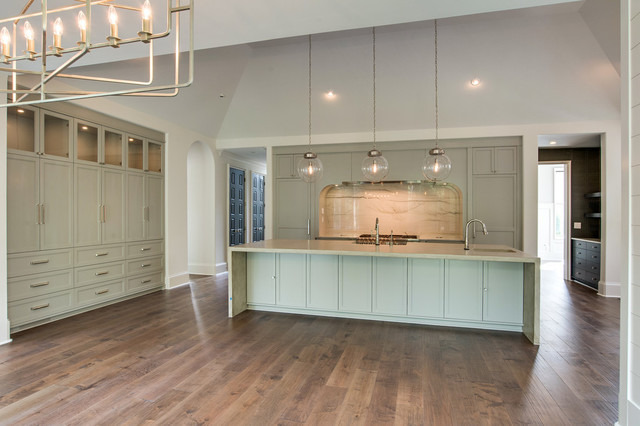Kitchen - kitchen idea in Charlotte