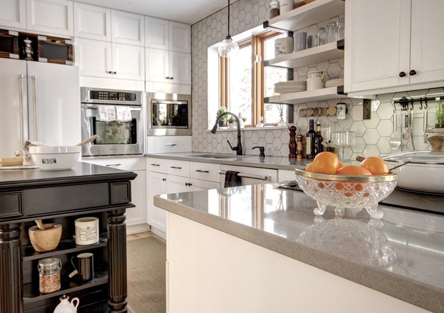 Kitchen new look with the same cabinets - Farmhouse - Kitchen ...