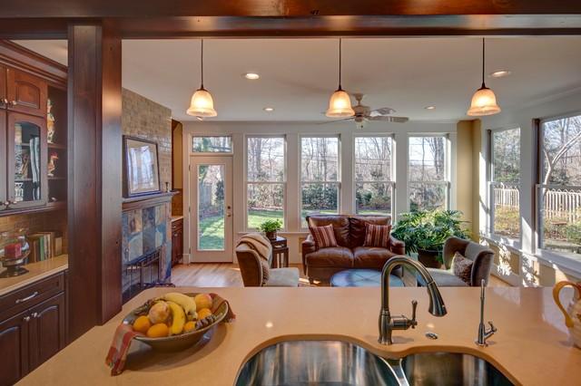 Kitchen/Office traditional-kitchen