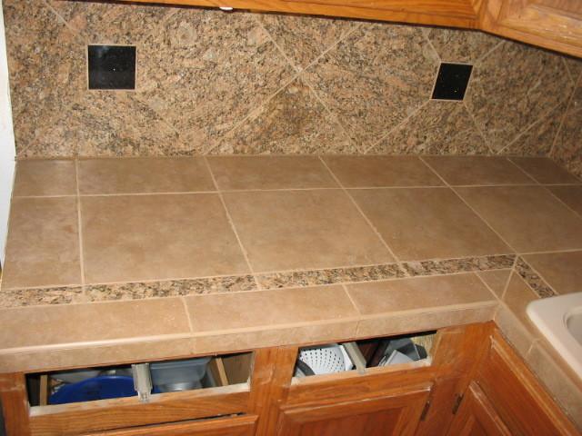 Attractive Kitchen  Porcelein Tiled Countertop U0026 Backsplash Traditional Kitchen Idea