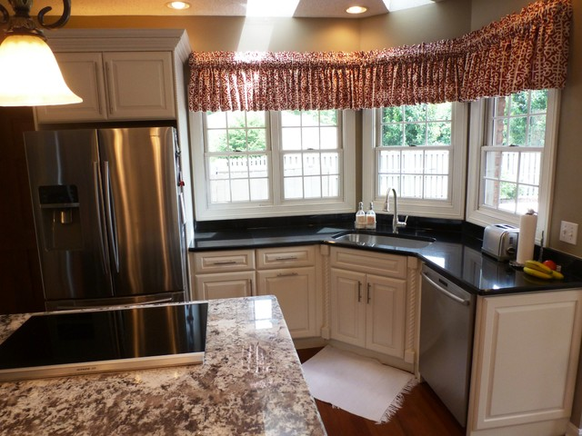Kitchen Portfolio Traditional Kitchen Huntington By Kitchens By Woody S