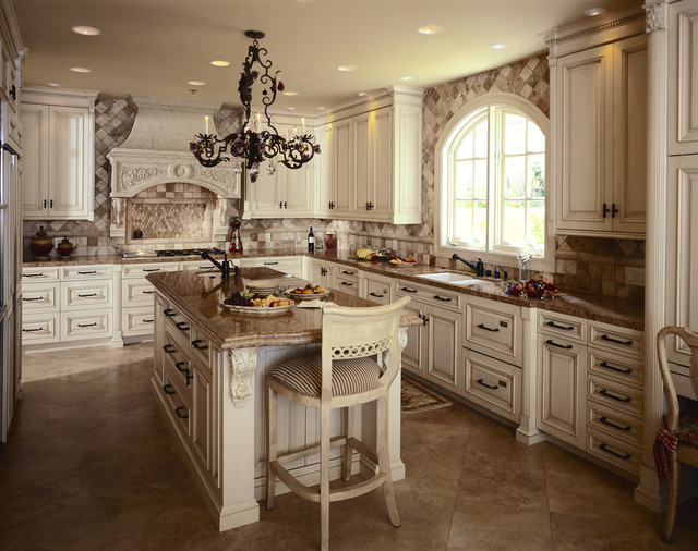 Kitchen projects traditional-kitchen