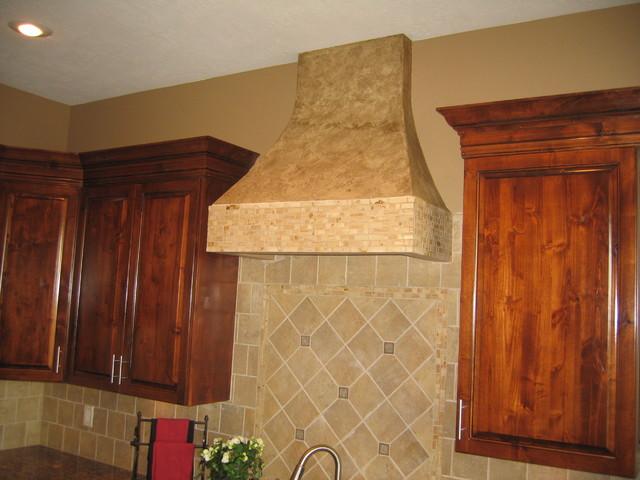 Kitchen range hood italian finishes bella faux for Italian kitchen hood