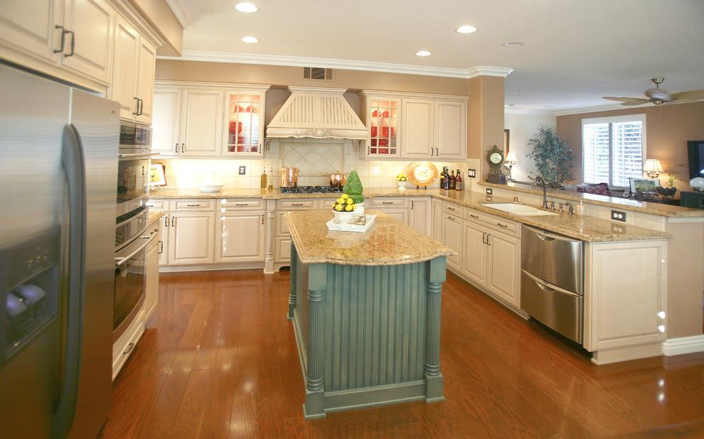 Kitchen Reface- Hartman - Traditional - Kitchen - Orange ...