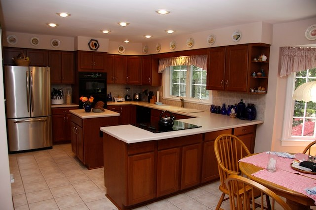 Kitchen Reface - Traditional - Kitchen - dc metro - by Kitchen Magic Refacers, inc
