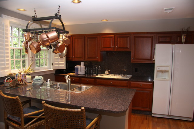 ... - Traditional - Kitchen - dc metro - by Kitchen Magic Refacers, inc