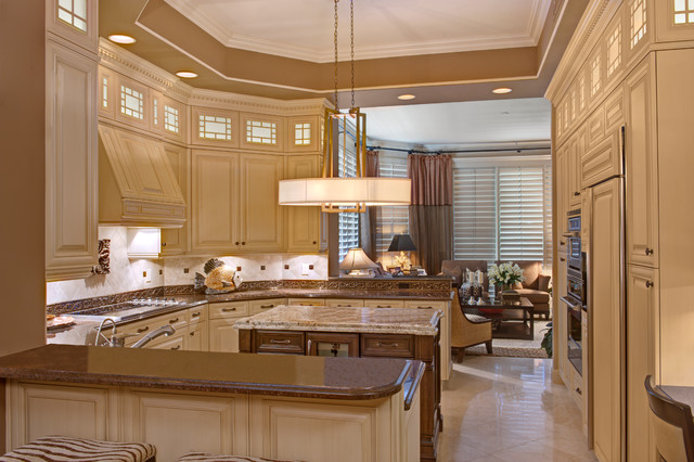 Kitchen Reface / Remodel traditional-kitchen