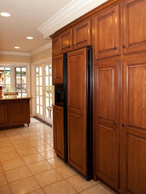 Kitchen Reface-Vaught