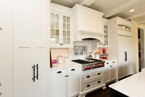Love the design of the under-counter corbels/brackets. Where are they from?