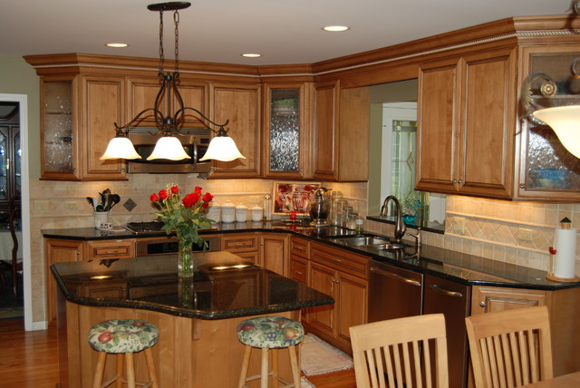 Kitchen Remodel & Family Room Addition - Naperville IL traditional-kitchen