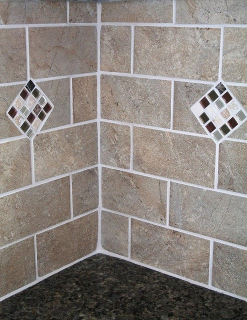 Cabernet Bliss Mosaic Accents With Florida Subway Tile
