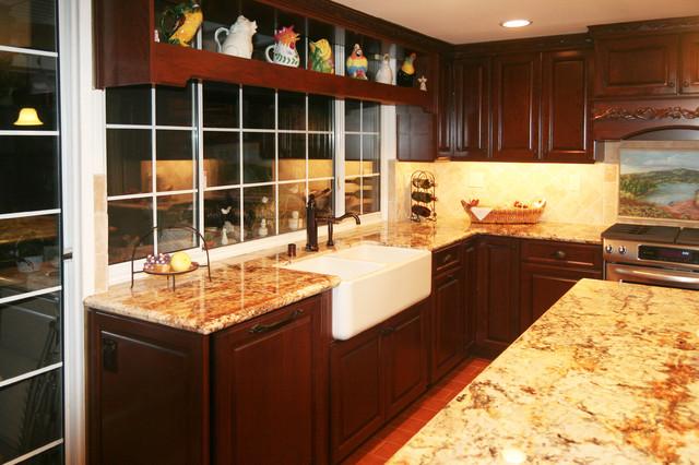 Kitchen Remodel: Brown traditional-kitchen
