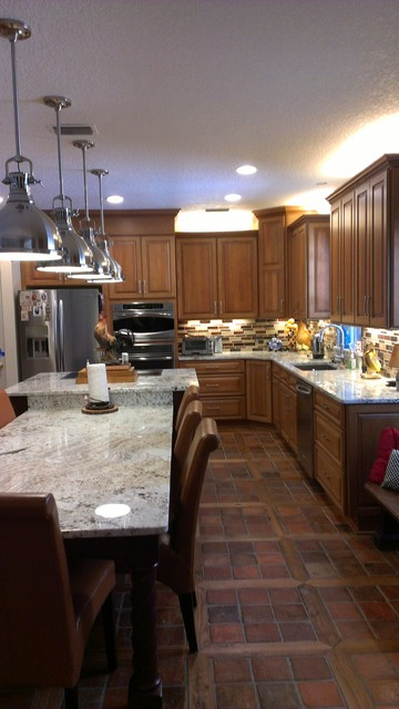 Kitchen remodel by Diane Egan, Woodsman, Shiloh Cabinetry traditional-kitchen