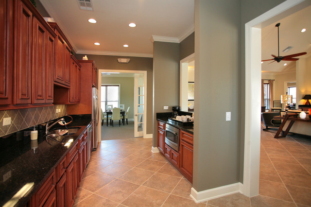 Kitchen Remodel By OTM Designs & Remodeling Inc. traditional-kitchen