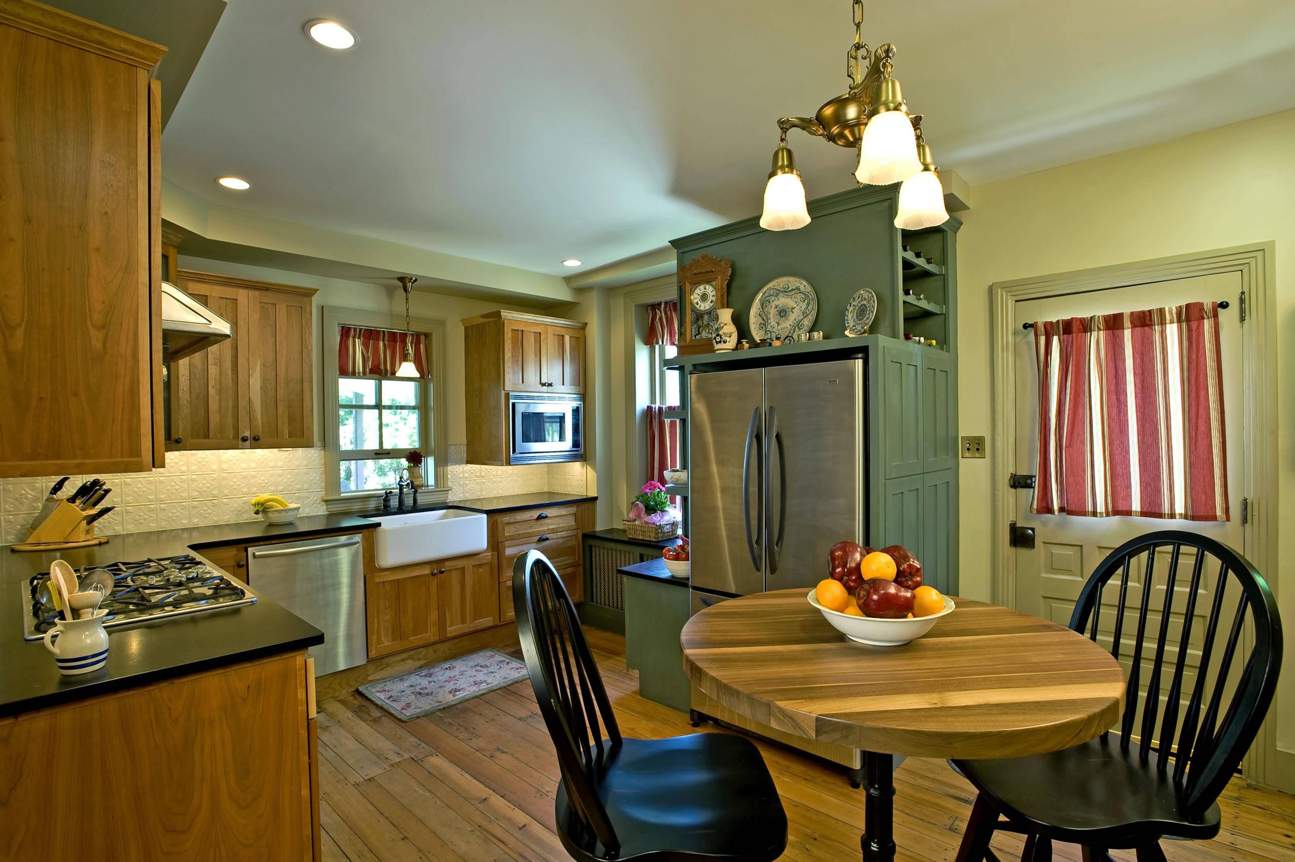 Image of: 75 Beautiful Farmhouse Kitchen With Metal Backsplash Pictures Ideas November 2020 Houzz