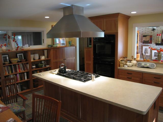 Kitchen Remodel: Glazier Way (2008) traditional-kitchen
