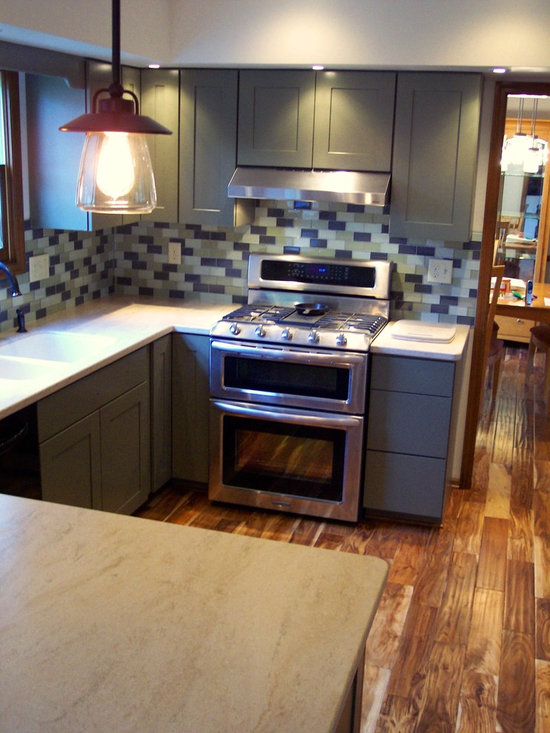 Acacia wood floor home design ideas pictures remodel and for Acacia kitchen cabinets