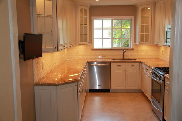 Kitchen remodel traditional kitchen for New kitchen remodel ideas