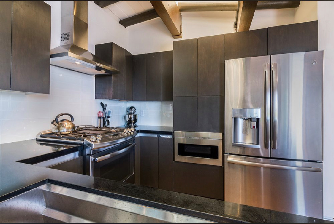 Kitchen remodel in North Hollywood