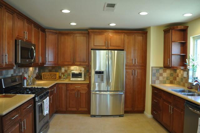 Kitchen Remodel - James traditional-kitchen