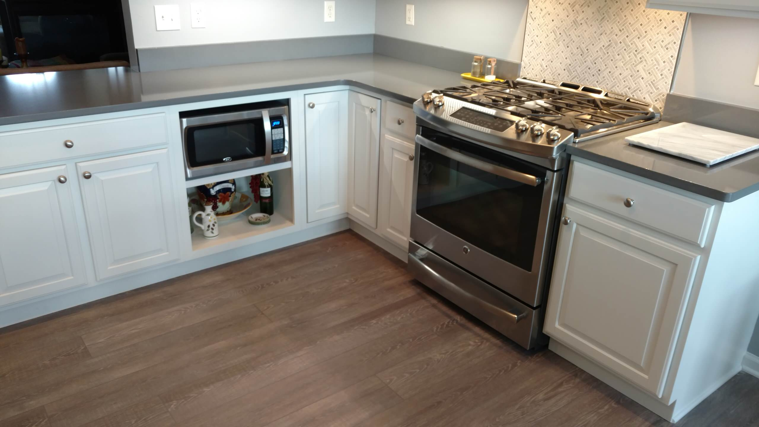 Kitchen Remodel, Painting Existing Cabinets is a Challenge!