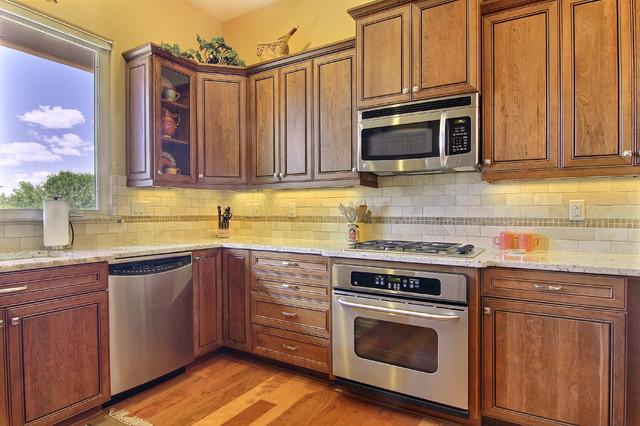 Kitchen remodel transitional kitchen albuquerque for Albuquerque kitchen cabinets
