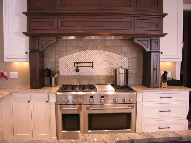 pro kitchen cabinets kitchen remodel traditional kitchen cleveland by 1662