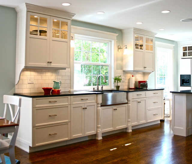 Off White Kitchen Cabinets Vs White: Kitchen Remodel