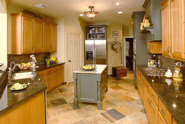 Kitchen Design Ideas With Oak Cabinets cool small kitchen design ideas with island and tuscankitchens Kitchen Remodel Using Some Existing Oak Cabinetry Traditional Kitchen
