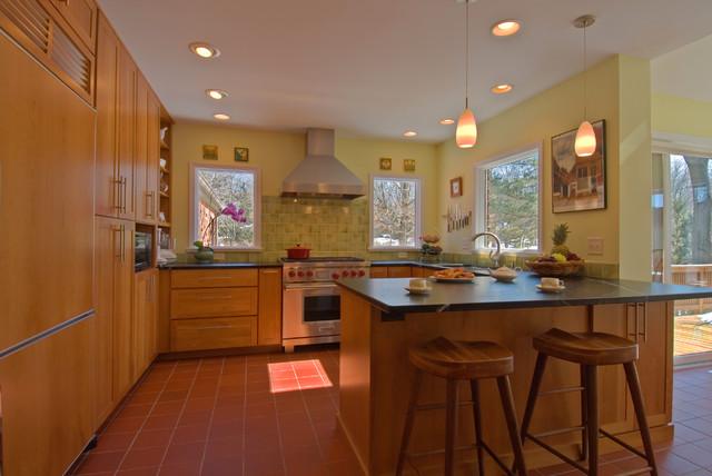 Kitchen Remodel: Waldenwood (2006) traditional-kitchen