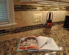 Kitchen Remodel, white cabinets, tile backsplash, undercabinet lighting, island traditional-kitchen