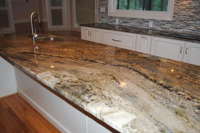 Kitchen Remodel With Maple Villa Antique White Cabinets And Granite Countertopscontemporary