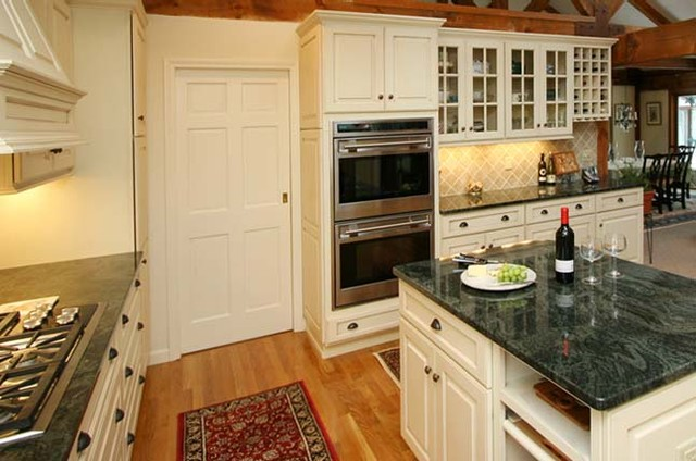Kitchen Remodeling traditional-kitchen