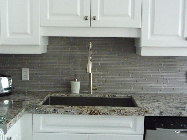 Kitchen Remodeling Glass Backsplash Amp Granite Counter