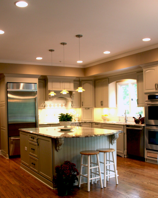 Kitchen Remodeling Island Ideas traditional kitchen cleveland 1138